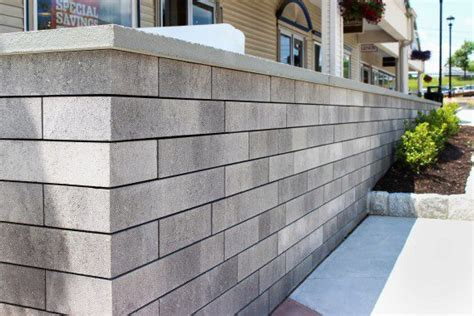 Woodbury Commons Mall with Lineo Dimensional Stone in New