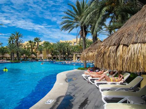 13 Best All-Inclusive Resorts in Cabo San Lucas for Families