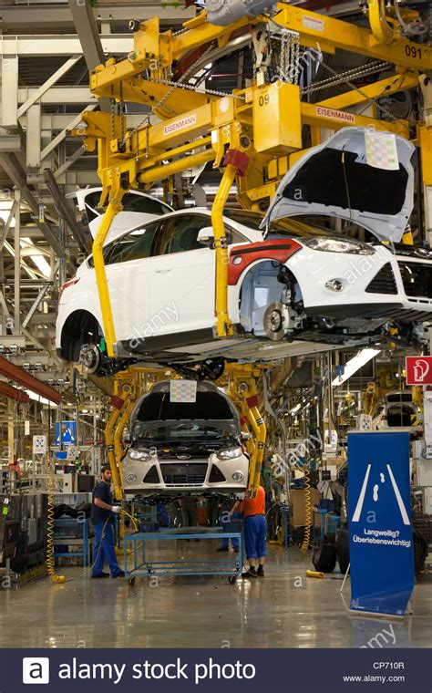 Ford factory in Saarlouis, final assembly of a Ford Focus