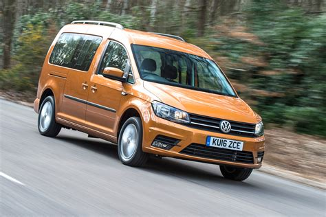 Volkswagen Caddy Maxi Life review | Carbuyer