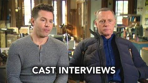 Video - Chicago PD - Cast Interviews - Profiles 100th