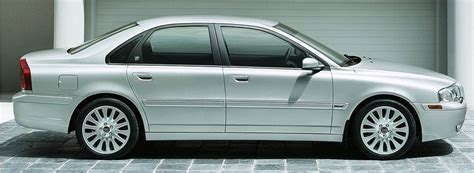 Volvo S80 - Versions and Engines by year (1998 to 2006)
