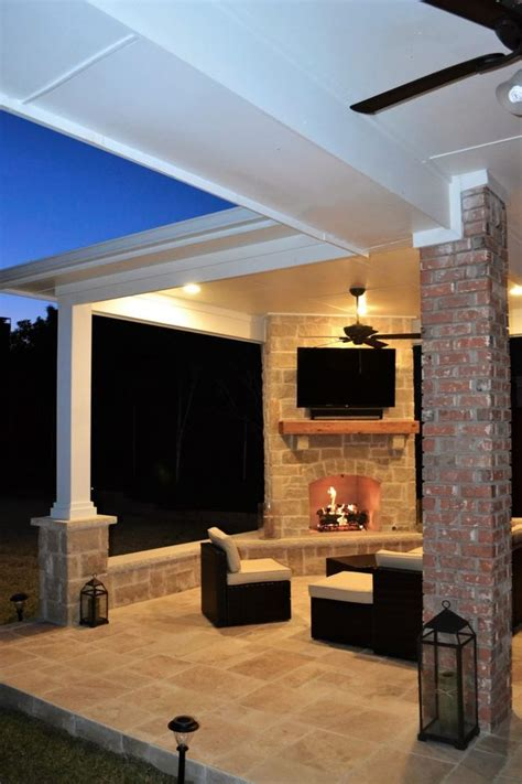Outdoor Living Area with Corner Fireplace in Irving - Las