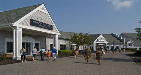 Woodbury Common Premium Outlets | Center Valley, NY