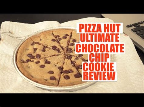 Pizza Hut Ultimate Hershey's Chocolate Chip Cookie Review
