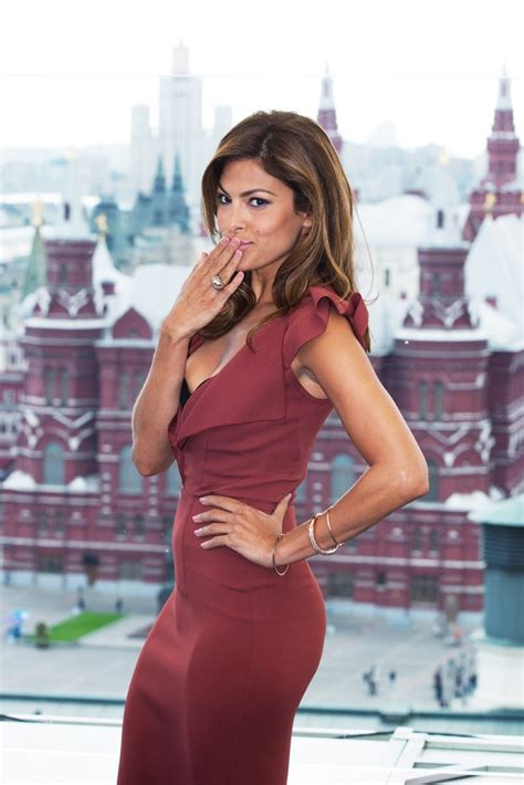Sexy Eva Mendes | height and weights