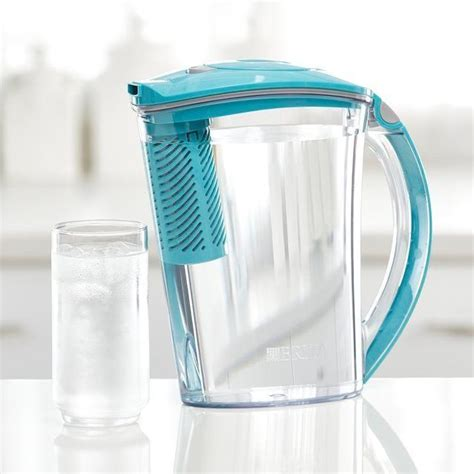Large, 10-cup capacity | Water filter pitcher, Water pitchers