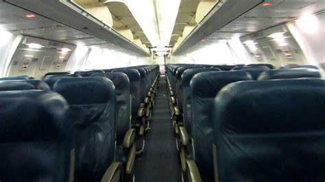Delta 757-300 cabin tour (Old) - YouTube