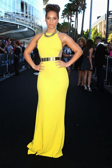 Alicia Keys Height | height and weights
