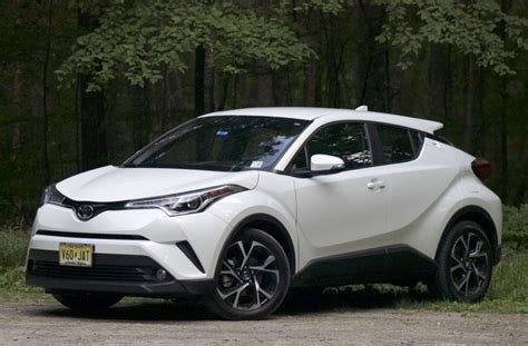 2019 Toyota C-HR Test Drive Review - CarGurus