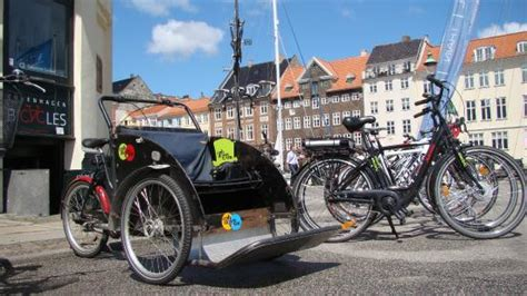 Family bike (Christiania-style rickshaw) - Picture of