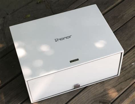 Huawei honor cube wireless router (Android Box + Storage